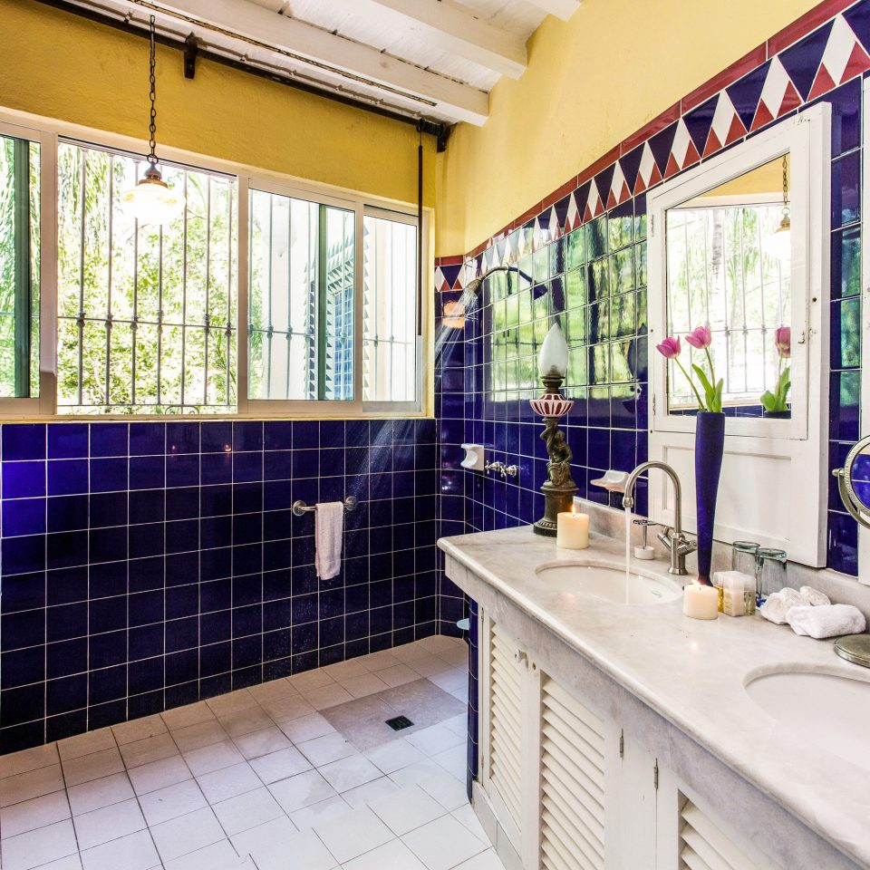 property home bathroom condominium cottage tiled tile