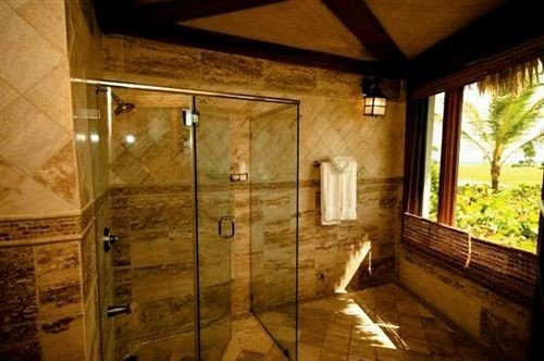 bathroom cottage farmhouse