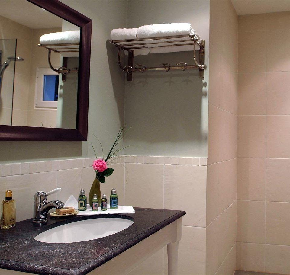 bathroom property house home sink cottage flooring