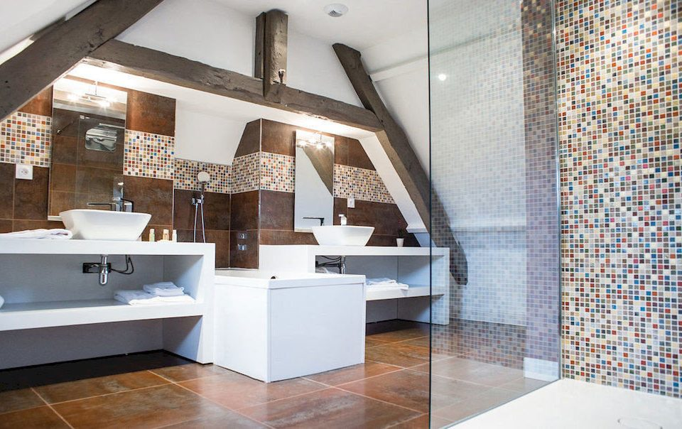 bathroom property flooring sink home tile living room loft cottage tiled