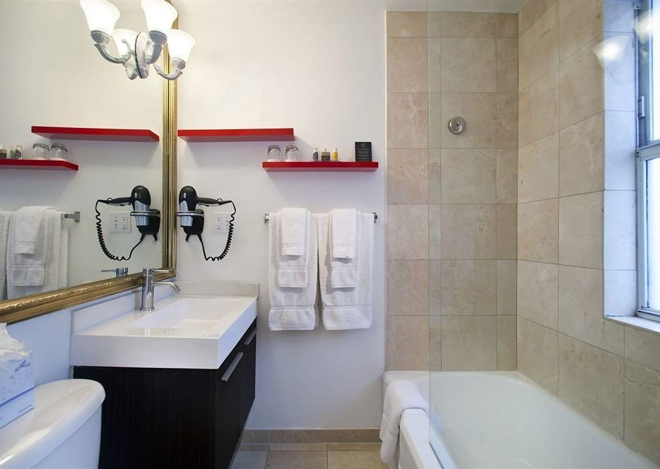 bathroom property house toilet home cottage flooring tiled
