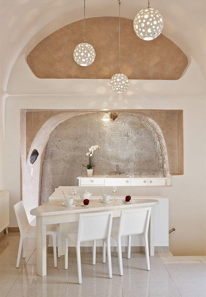 white lighting bathroom flooring cottage