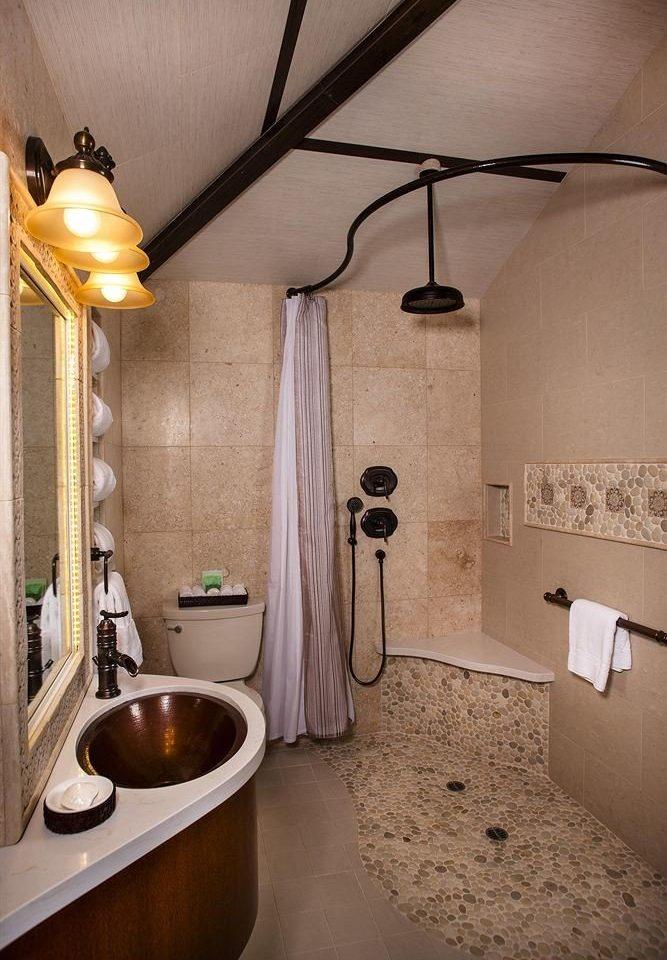 bathroom property house home plumbing fixture cottage