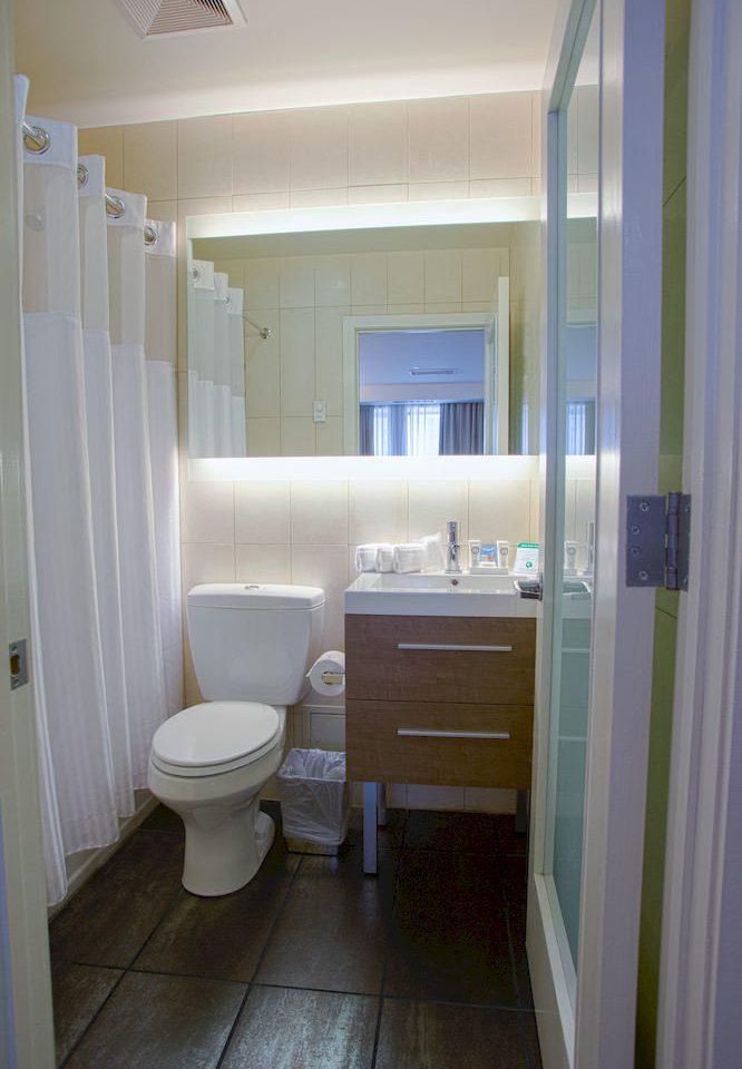 bathroom toilet property house home cottage tiled