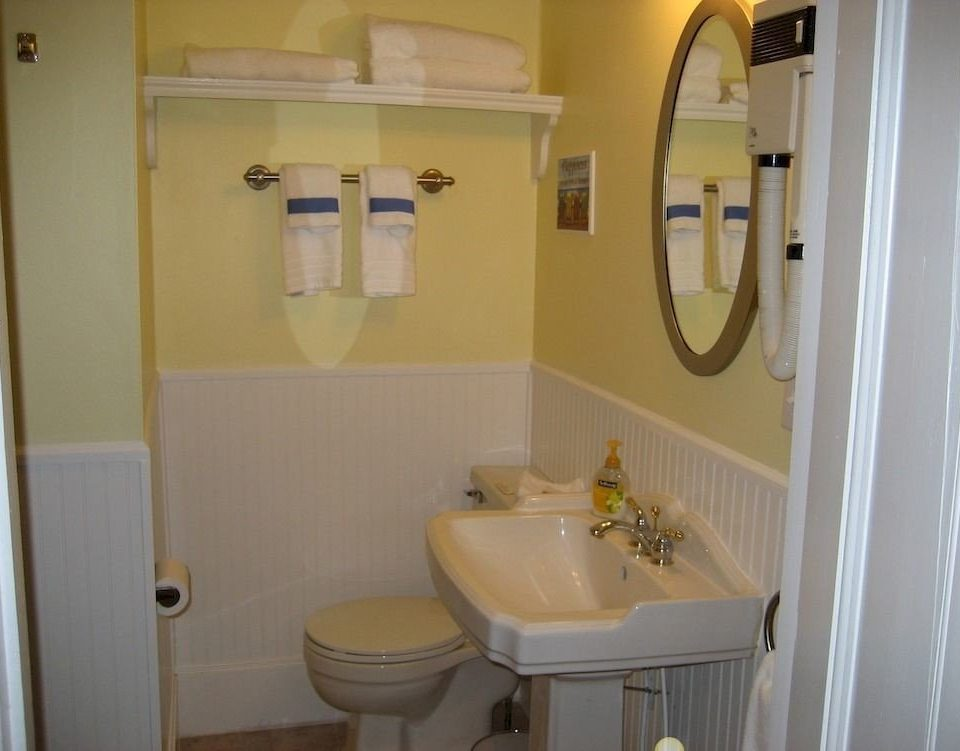 bathroom mirror sink property toilet home cottage rack