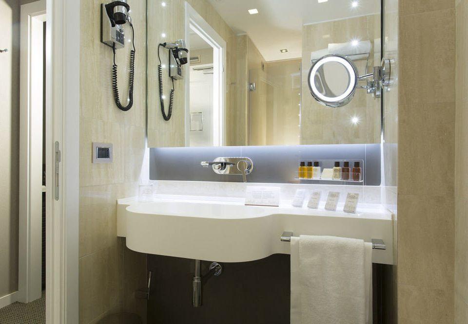 bathroom mirror property sink home toilet plumbing fixture cottage