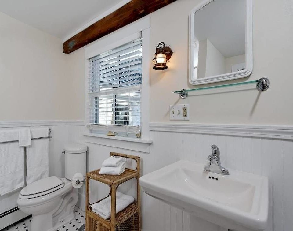 bathroom property sink toilet cottage home rack water basin
