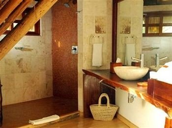 property bathroom cottage wooden