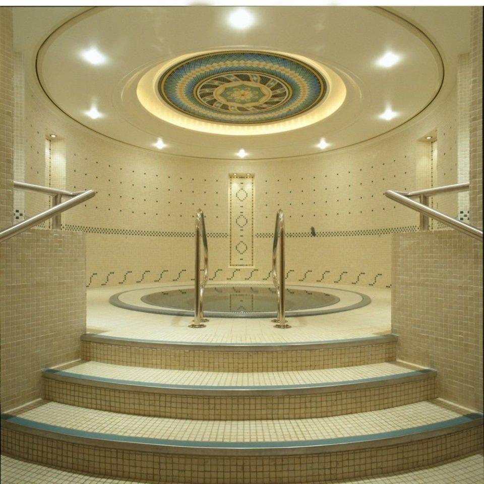 lighting daylighting water basin bathroom