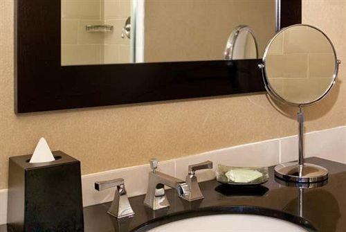 bathroom sink property lighting drum toilet