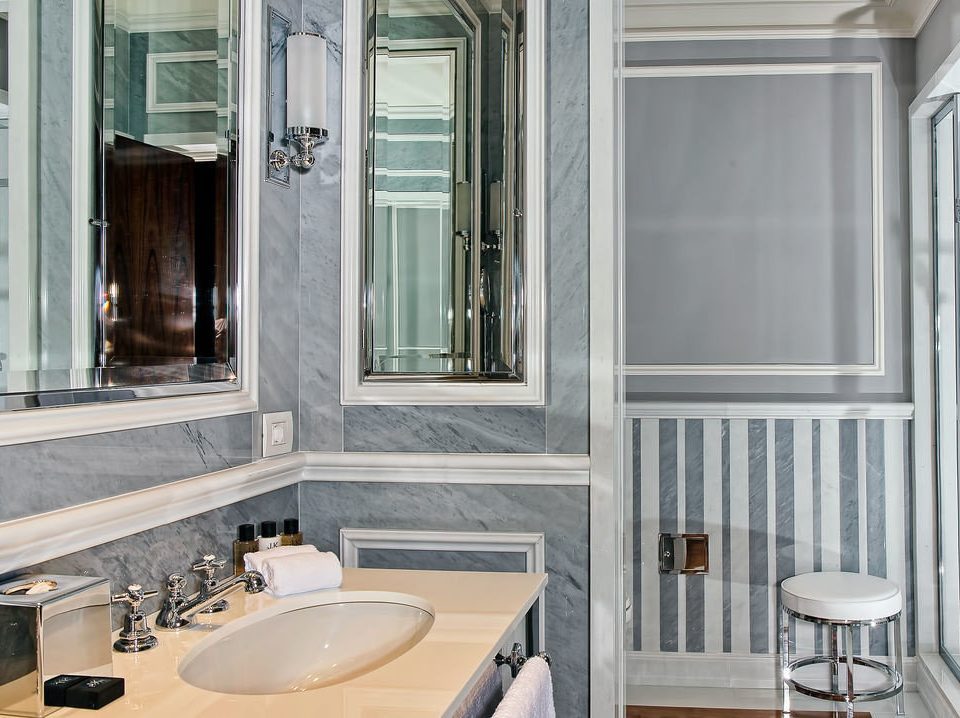 bathroom property sink home flooring tub