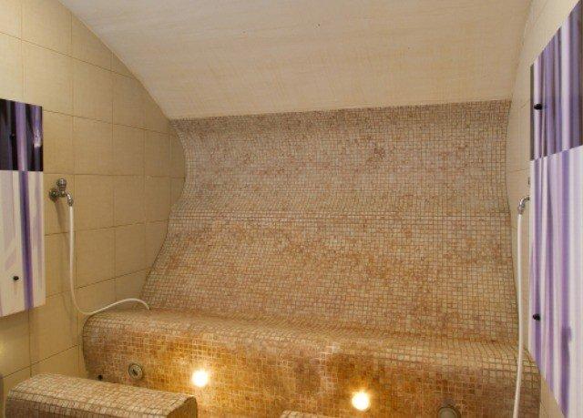 property flooring bathroom sofa tiled tan