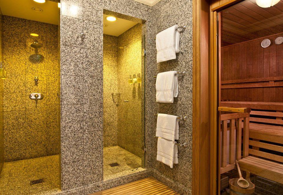 bathroom flooring toilet