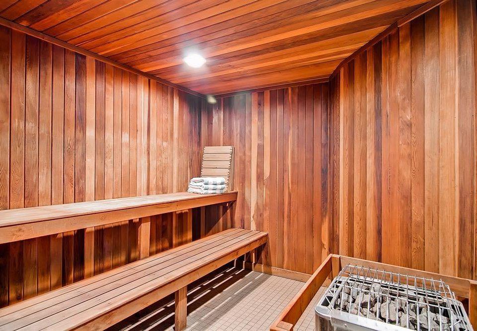 wooden hardwood log cabin bathroom