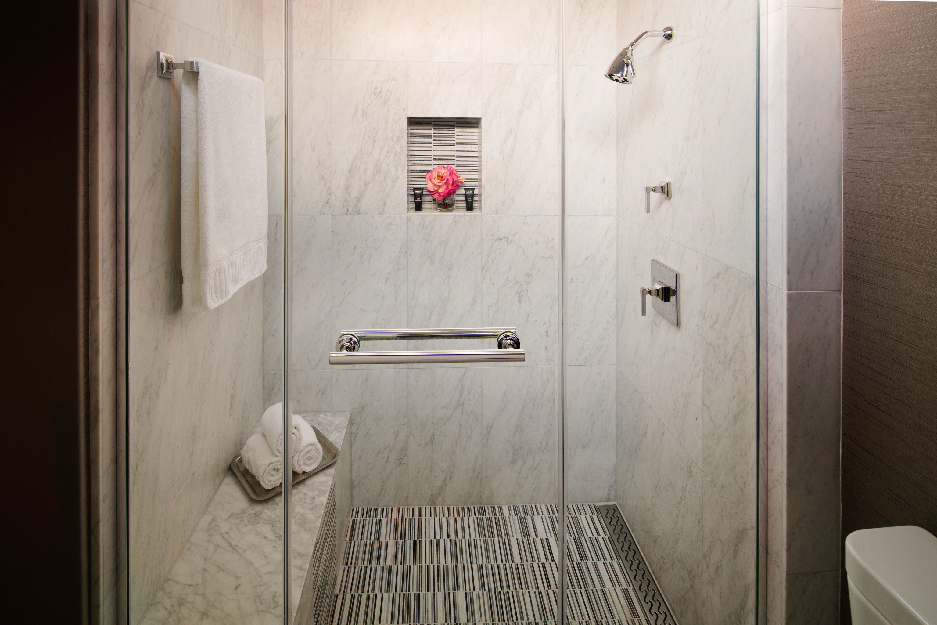 bathroom house plumbing fixture home
