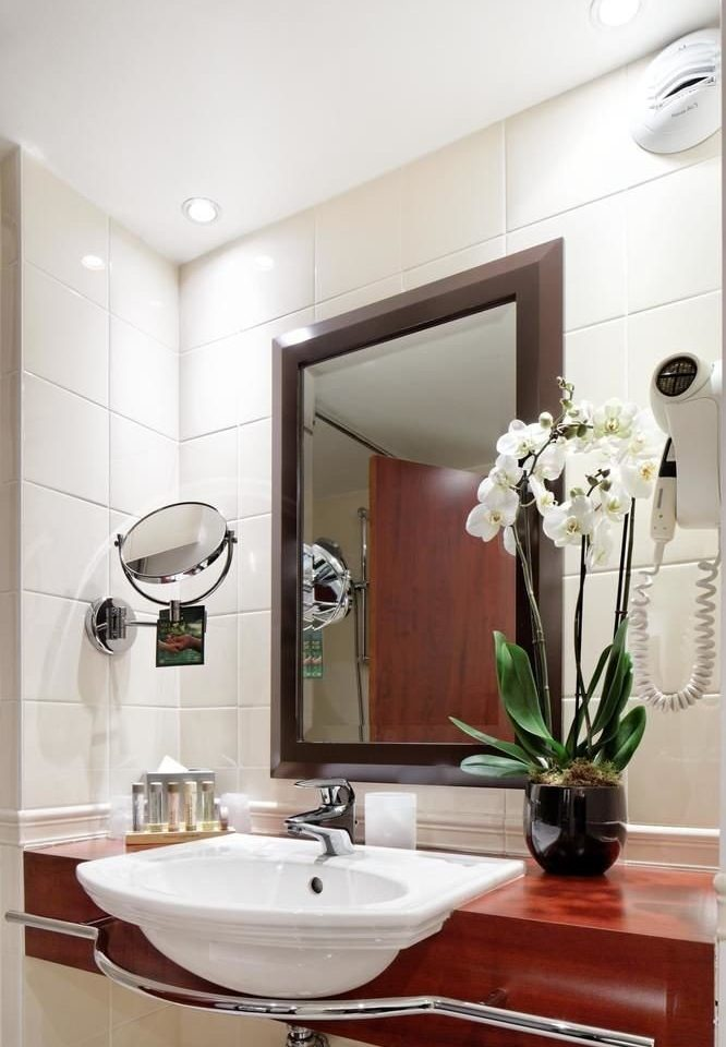 bathroom sink mirror property home