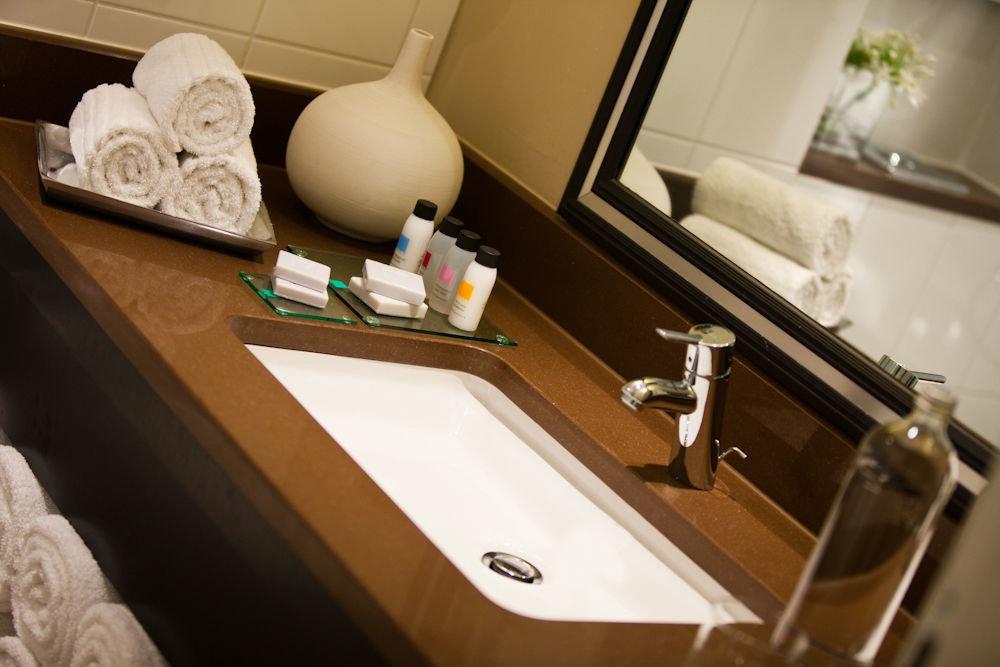 bathroom home sink plumbing fixture