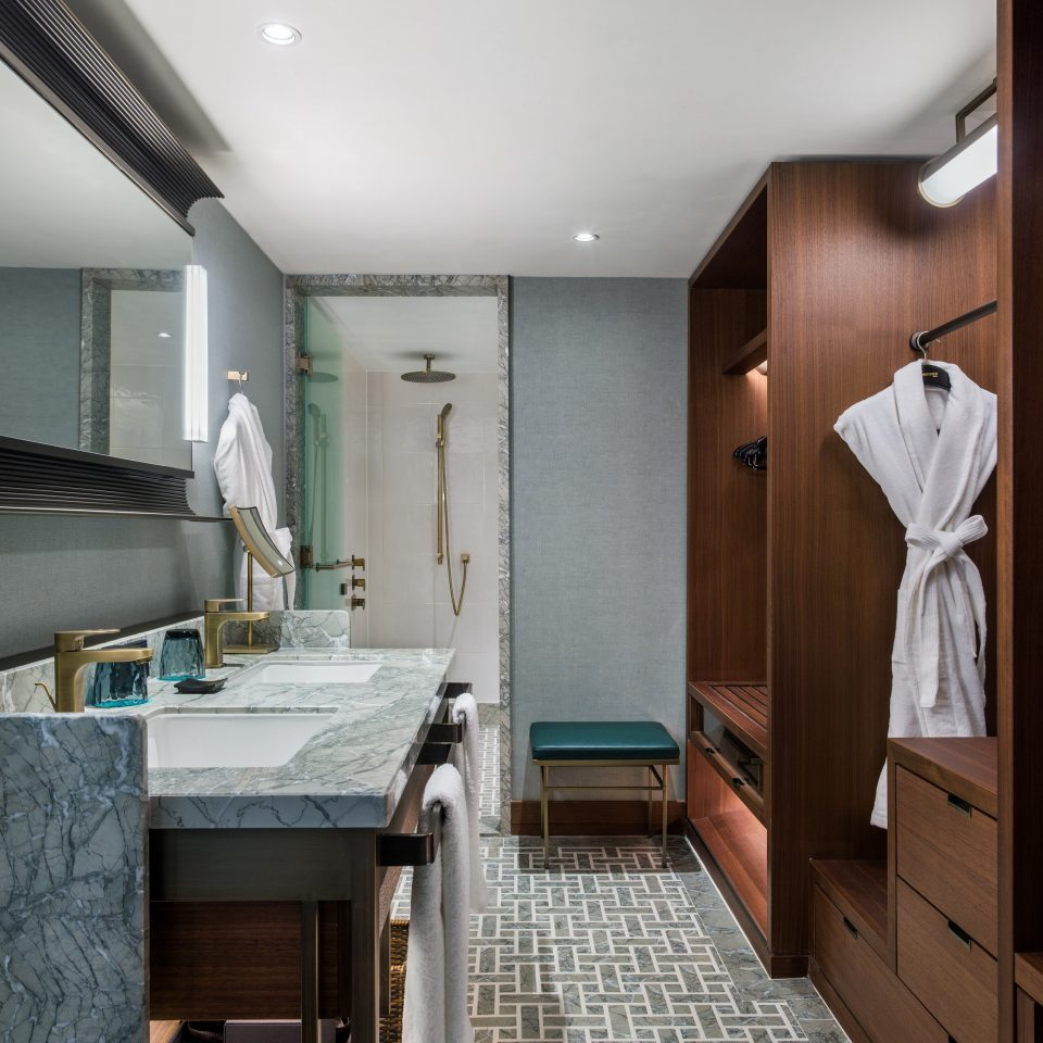 bathroom interior designer tiled