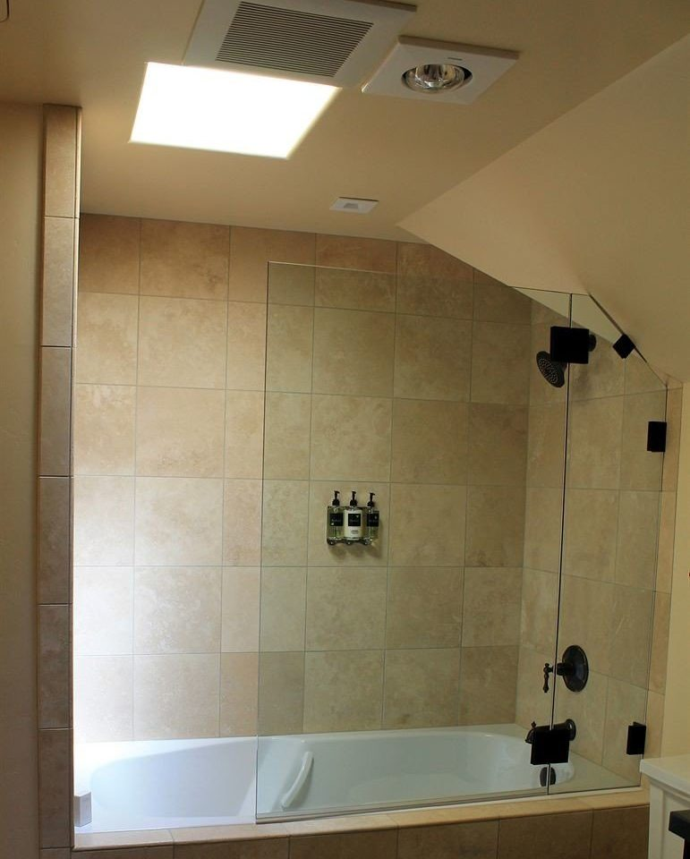 bathroom property plumbing fixture sink tiled