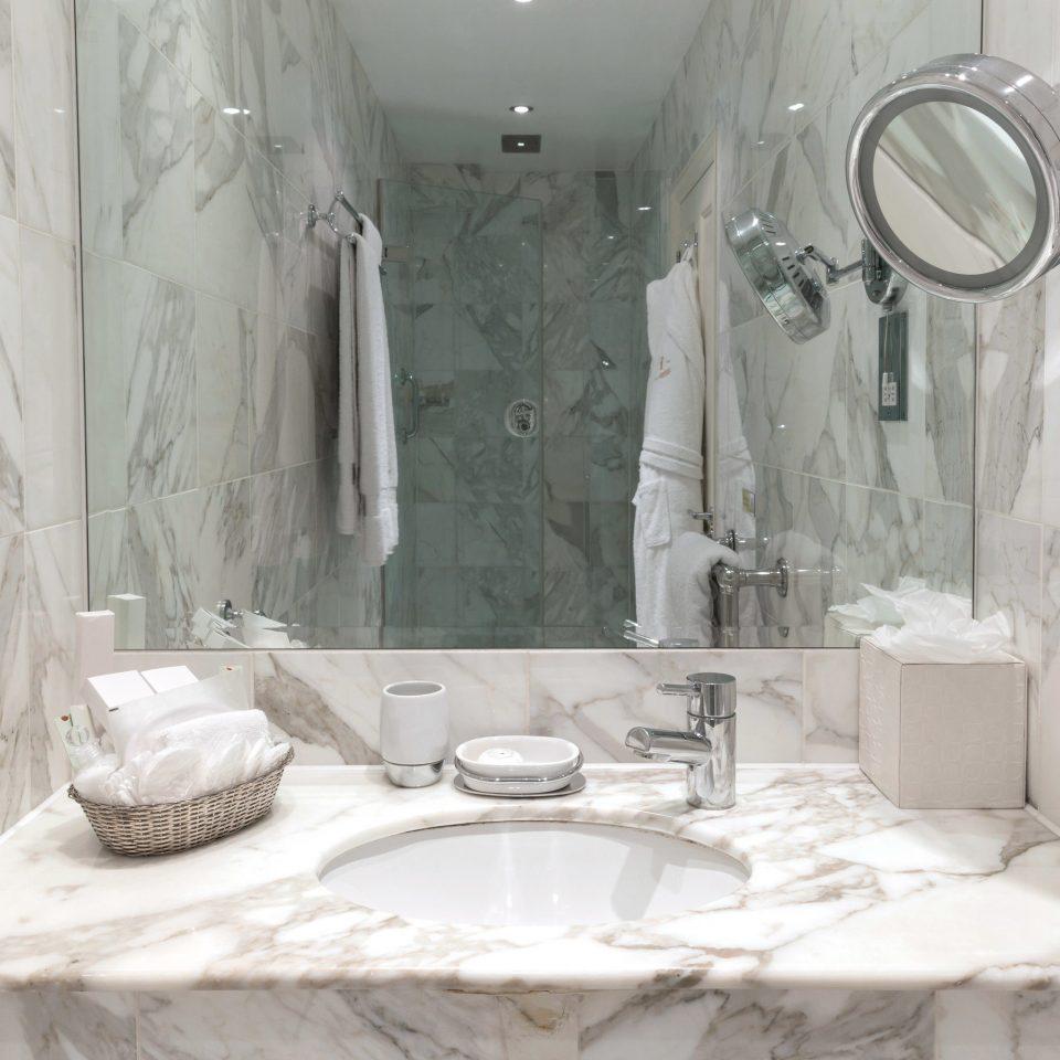 bathroom toilet sink plumbing fixture water basin