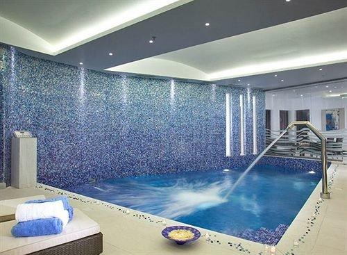 swimming pool property leisure centre jacuzzi condominium bathtub flooring