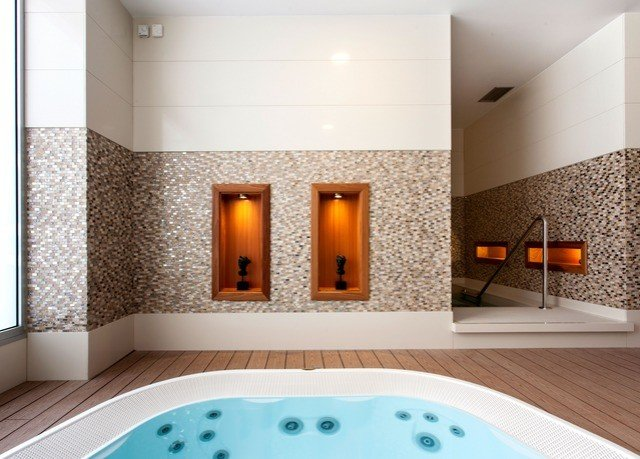 swimming pool bathtub jacuzzi lighting flooring