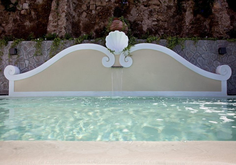 swimming pool jacuzzi bathtub stone