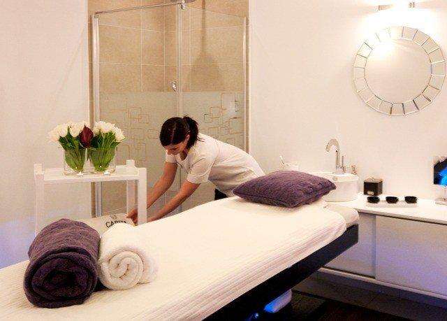 bathtub medical imaging plumbing fixture