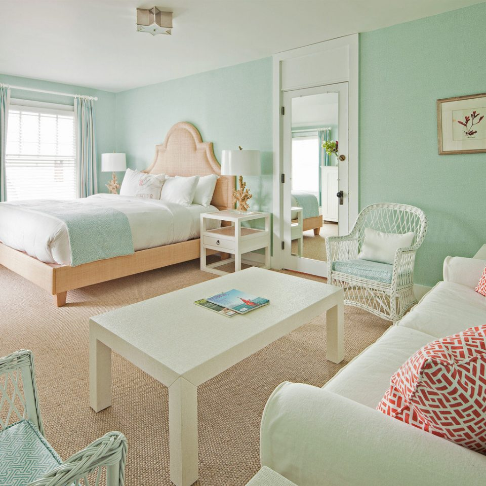 Beach Beachfront Bedroom Boutique Hotels sofa property living room cottage Suite