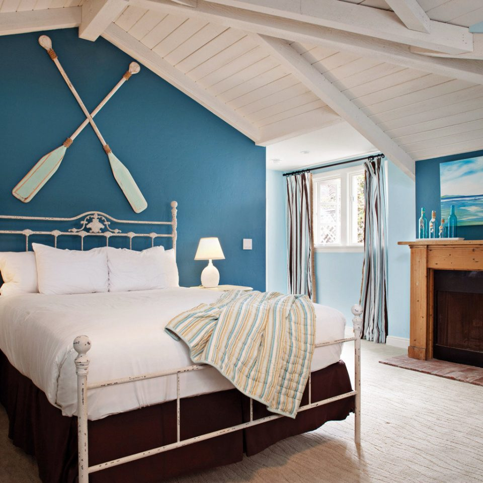 Beach Beachfront Bedroom Boutique Honeymoon Romance Romantic Waterfront property home cottage bed frame Suite