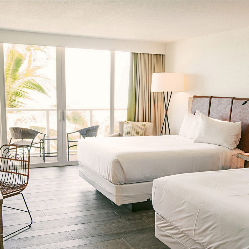 Beach Beachfront Bedroom Hotels Resort property living room home Suite condominium cottage Villa