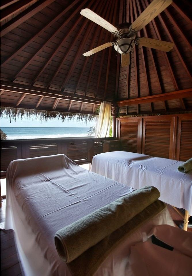 Beach Beachfront Luxury Spa Tropical vehicle cottage Bedroom