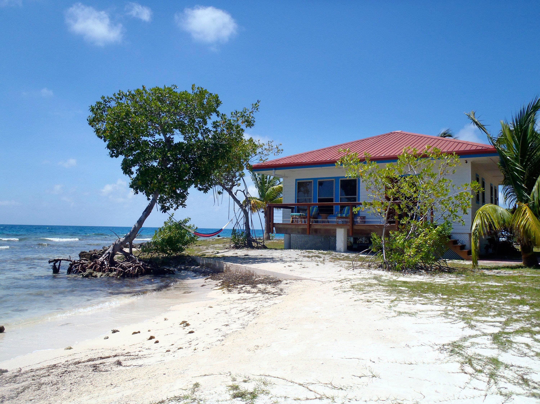 Hatchet Caye Island Resort (Belize) | Jetsetter
