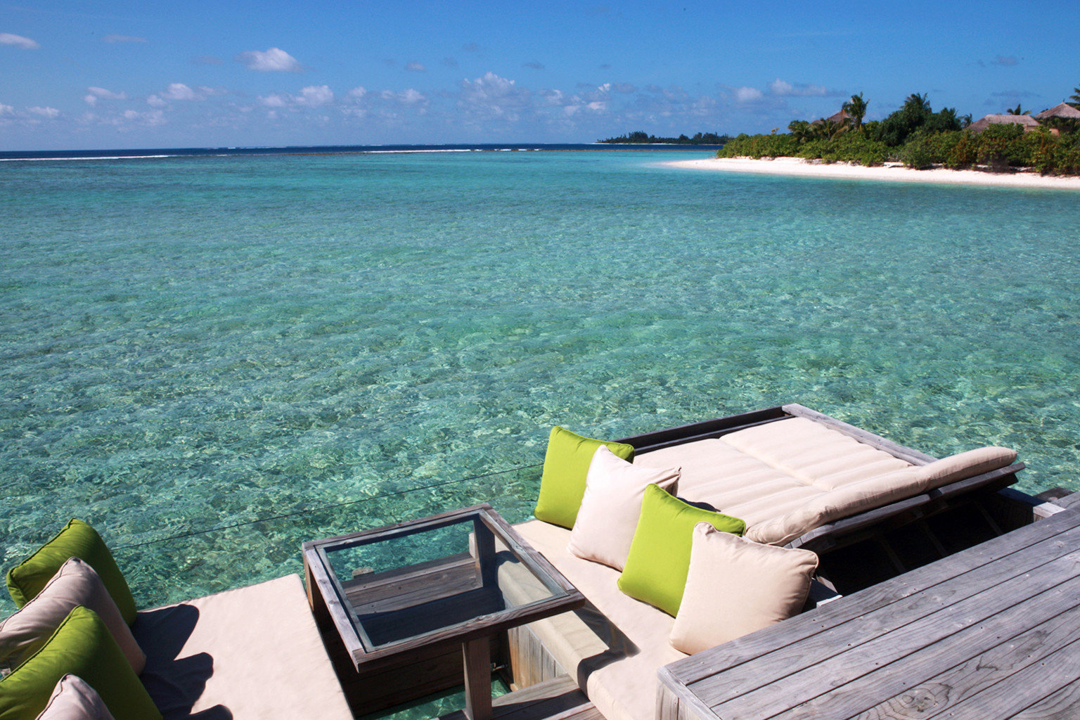 Beach Beachfront Exterior Luxury Ocean Romantic Trip Ideas sky water leisure Sea shore caribbean Coast green swimming pool Resort