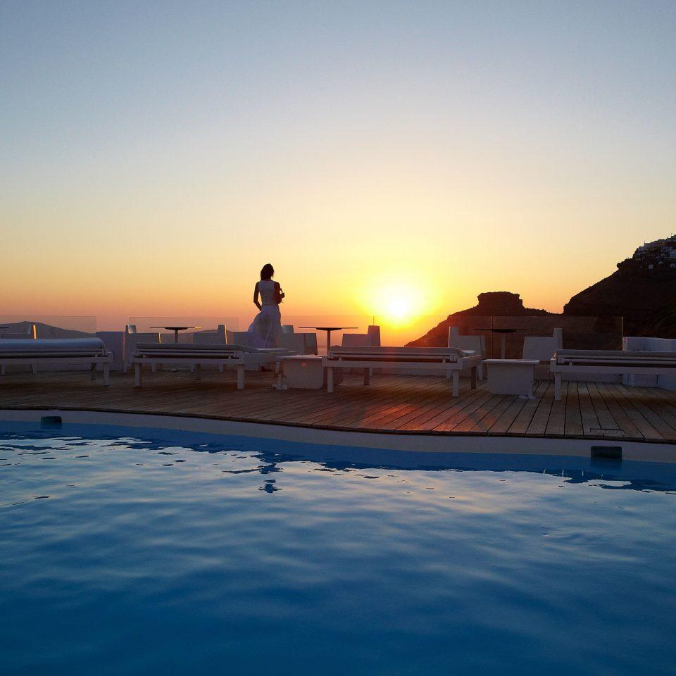 Beachfront Luxury Ocean Pool Sunset sky water Sea horizon dusk sunrise dawn morning evening sunlight Coast Beach wave