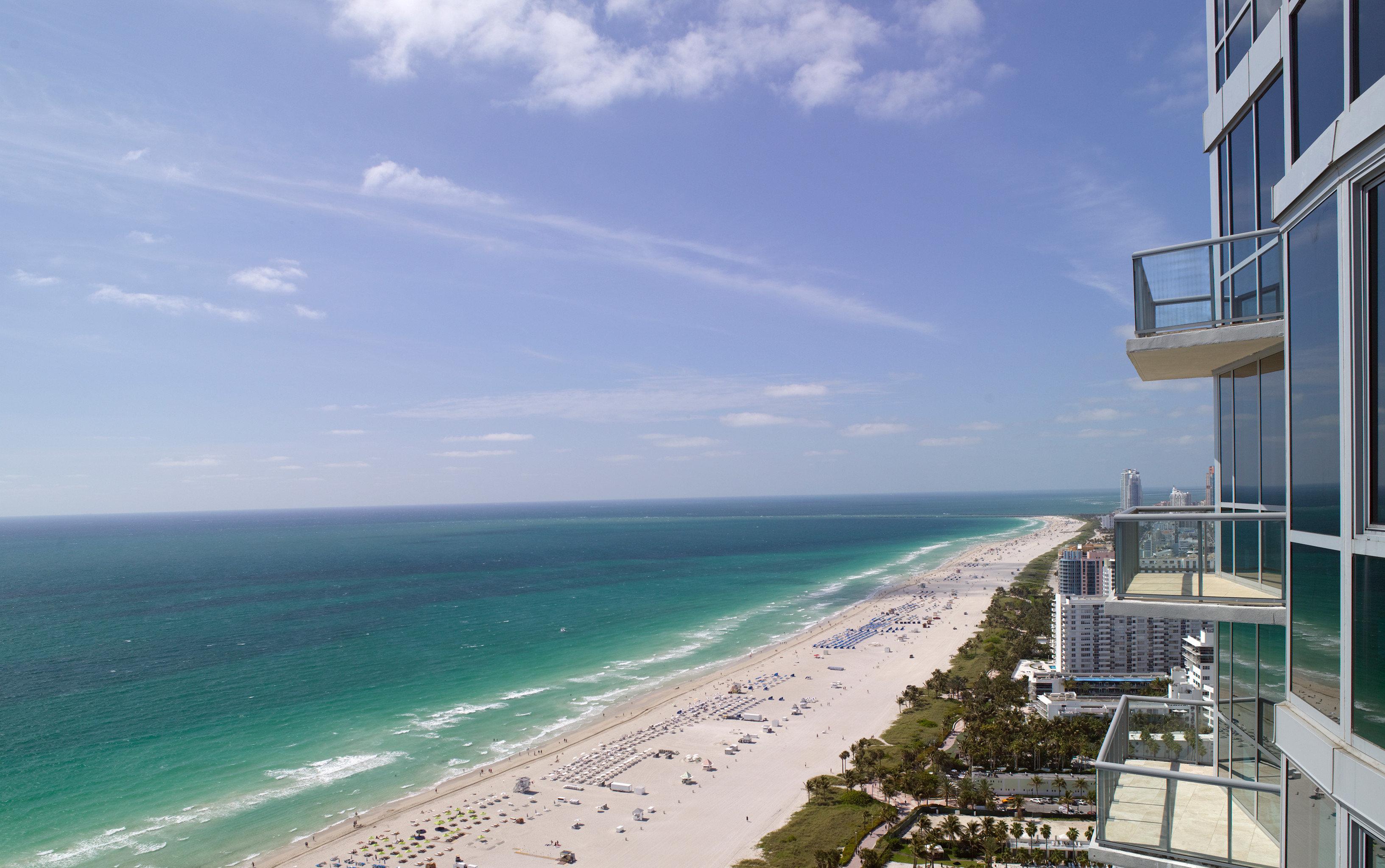 Beach Beachfront Ocean sky water Coast Sea Nature horizon shore caribbean cape tower walkway overlooking sandy