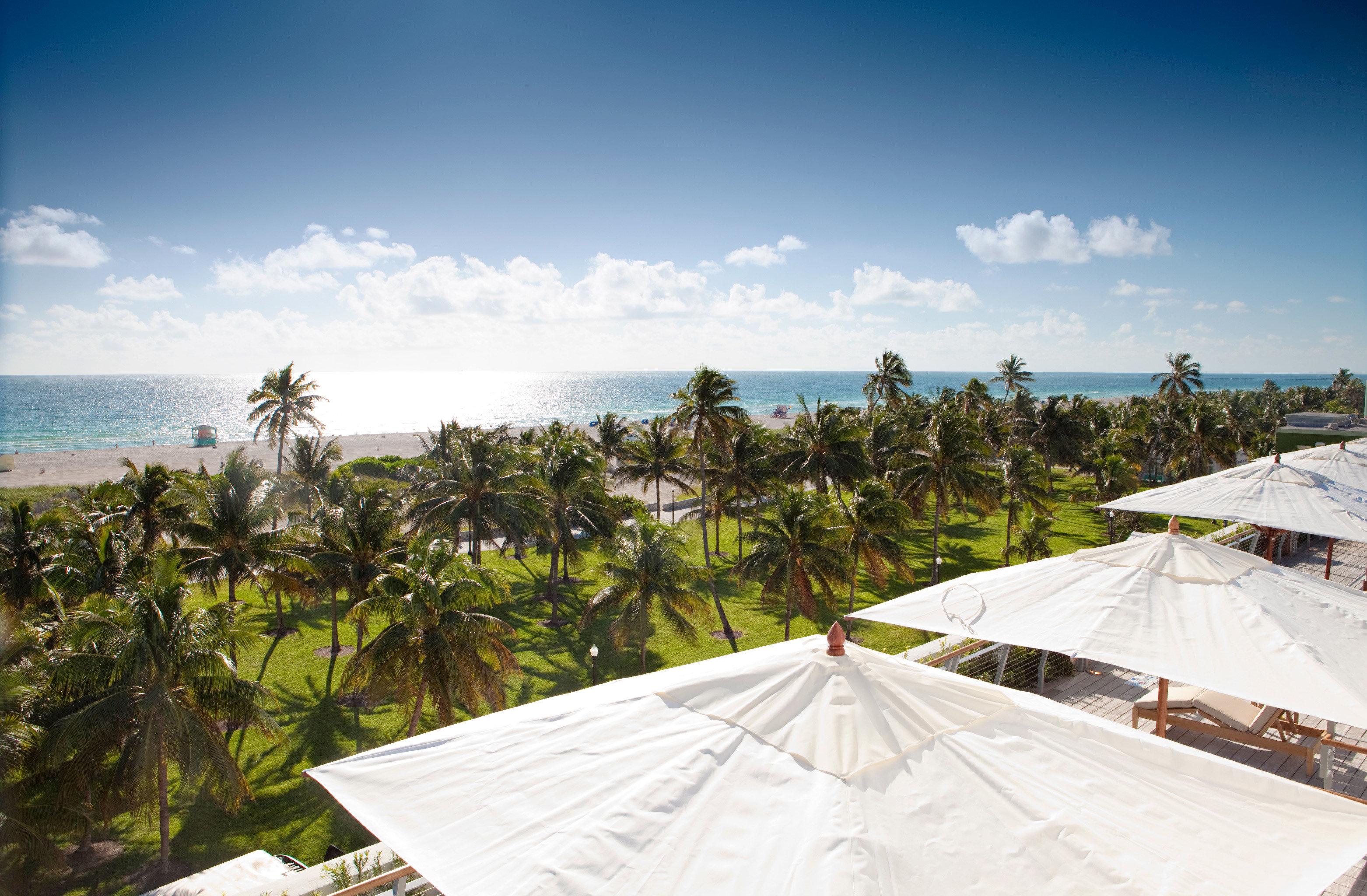Beach Beachfront Ocean Resort Scenic views sky Sea atmosphere of earth caribbean Coast