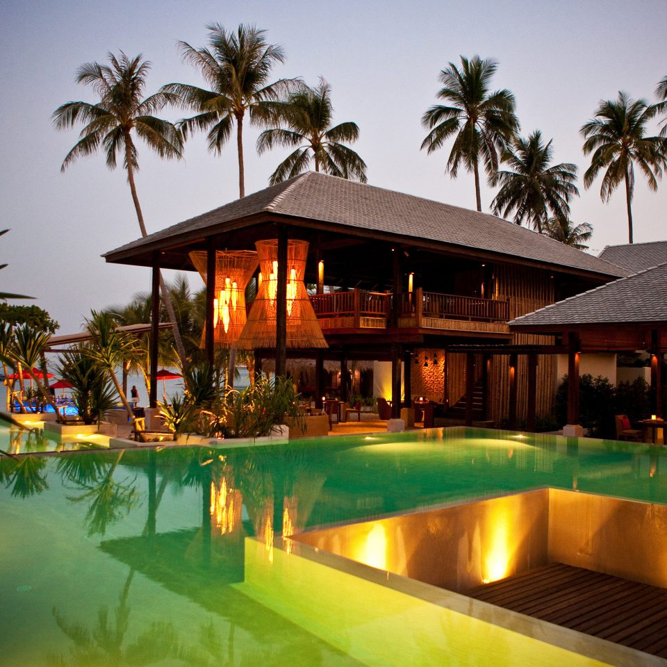 Beach Beachfront Deck Hip Luxury Modern Ocean Patio Pool tree sky palm Resort leisure swimming pool arecales eco hotel shore