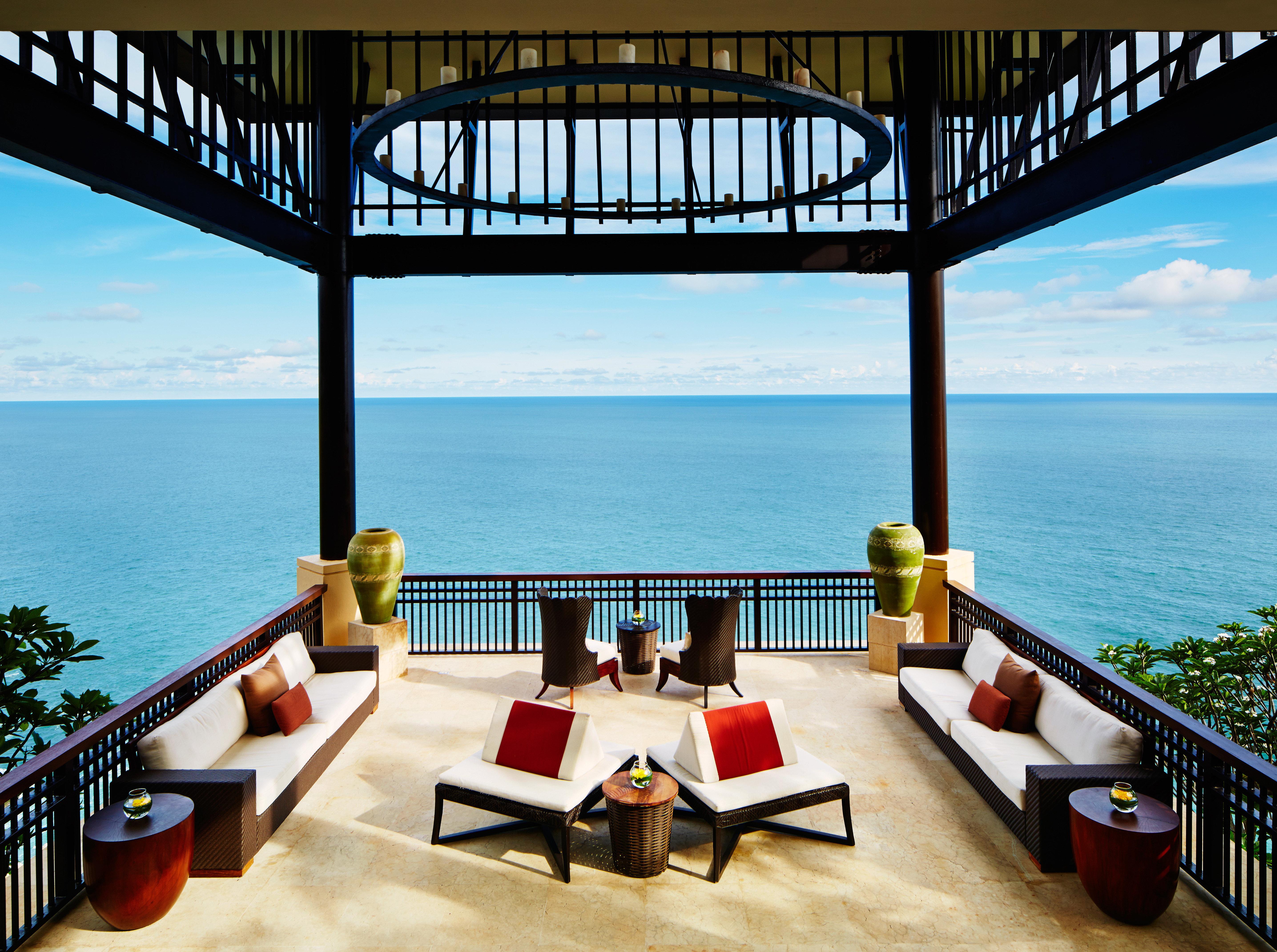 Beach Beachfront Deck Lounge Ocean water pier leisure overlooking property Resort scene Villa caribbean Sea swimming pool restaurant