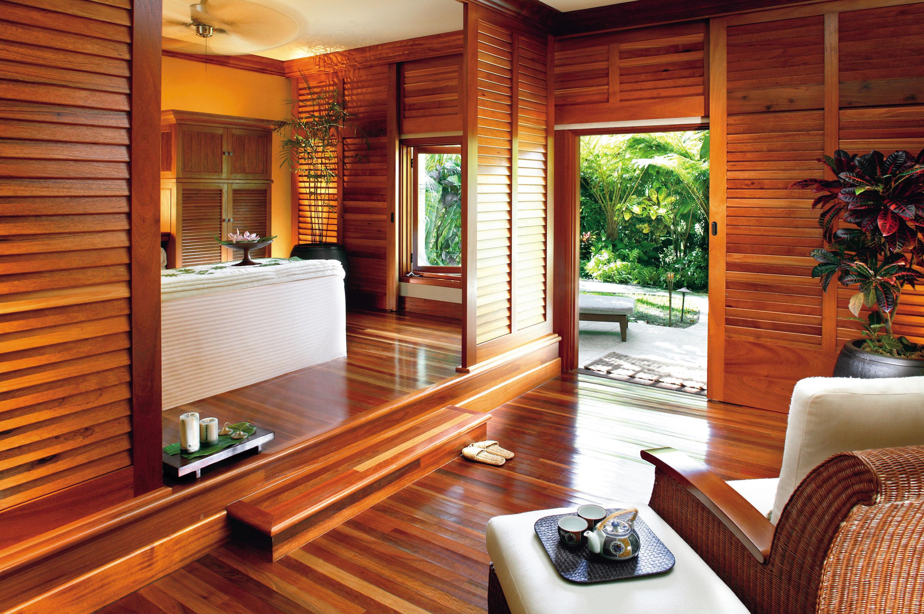 Beach Beachfront Family Honeymoon Island Resort Romance Romantic Spa Village Wellness property home hardwood living room Suite cottage wood flooring