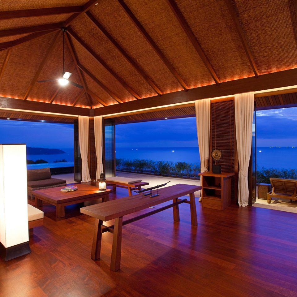 Beach Beachfront Lounge Ocean Resort Romantic property swimming pool Villa recreation room