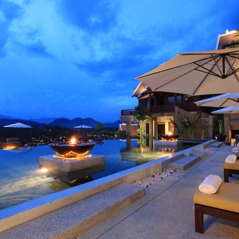 Beachfront Lounge sky Resort Sea Beach swimming pool