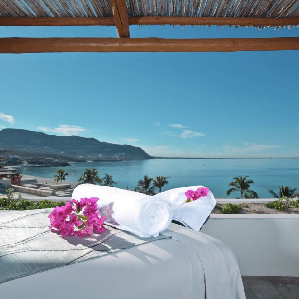 Beach Beachfront Luxury Spa Tropical sky property swimming pool Villa Resort cottage caribbean