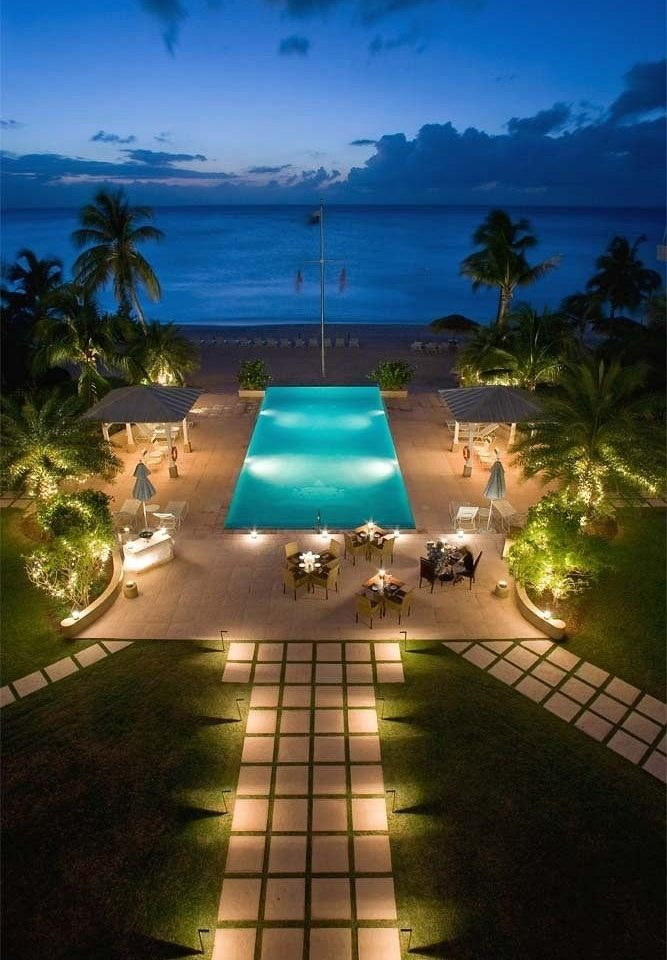 Beach Beachfront Ocean Pool swimming pool leisure Resort mansion screenshot Villa caribbean condominium