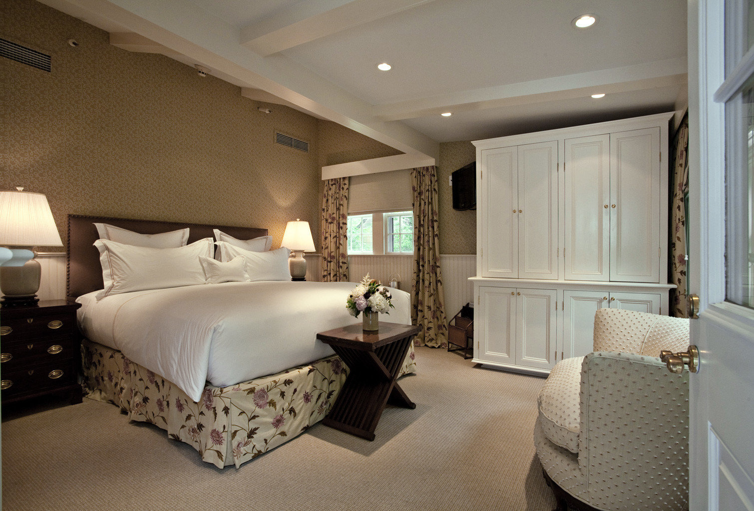 Beach Bedroom Boutique Inn Romance Romantic property vehicle passenger ship yacht Suite home living room Boat cottage