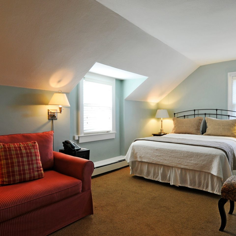Beach Bedroom Boutique Inn Outdoor Activities South Fork The Hamptons sofa property Suite living room home cottage Villa
