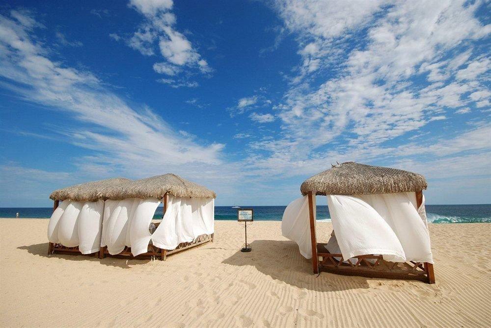 sky Beach natural environment Sea ecosystem Ocean sand Coast Bedroom tent swimming pool hut