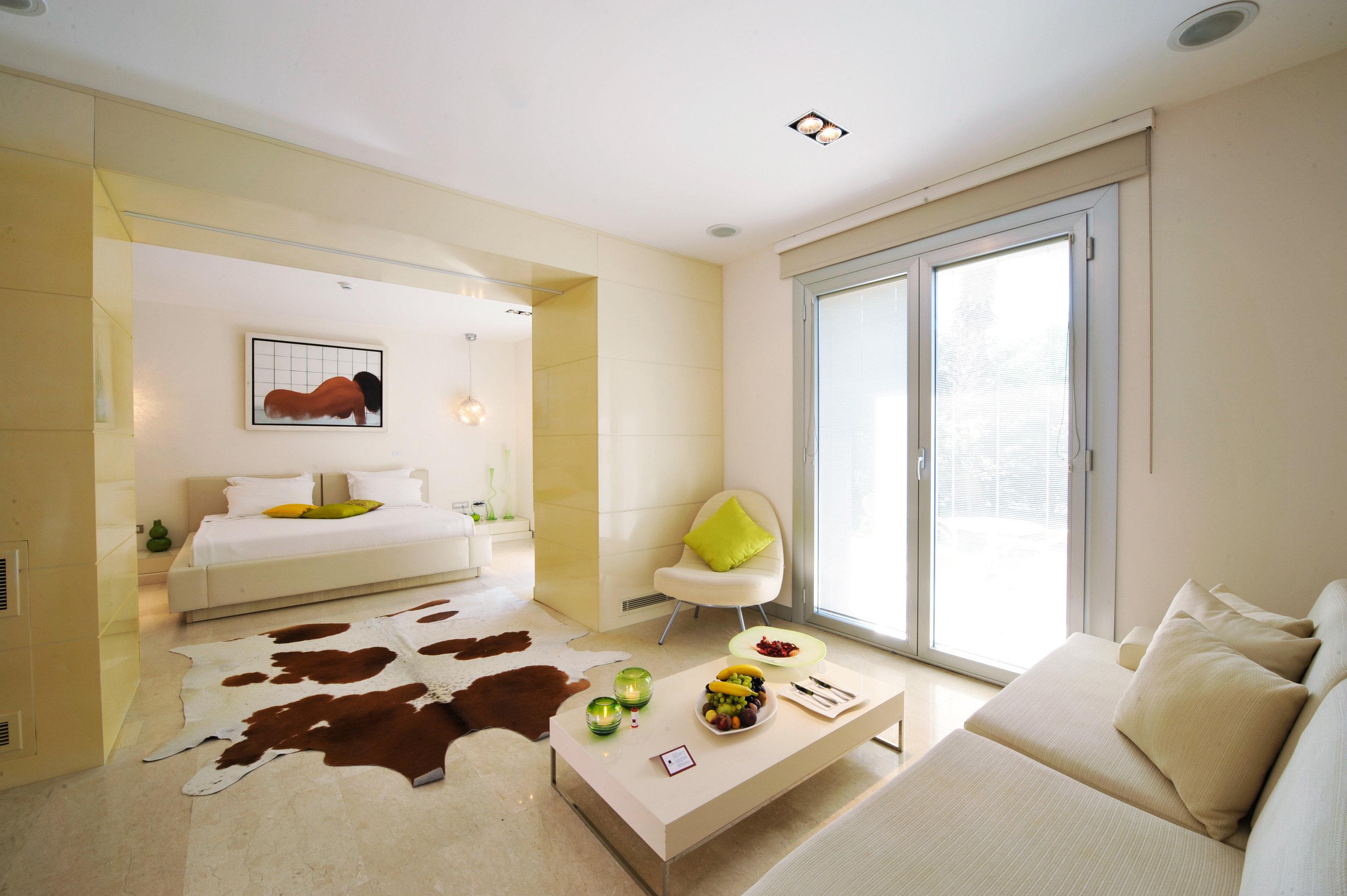 Beach Bedroom Modern Suite property living room home cottage Villa condominium