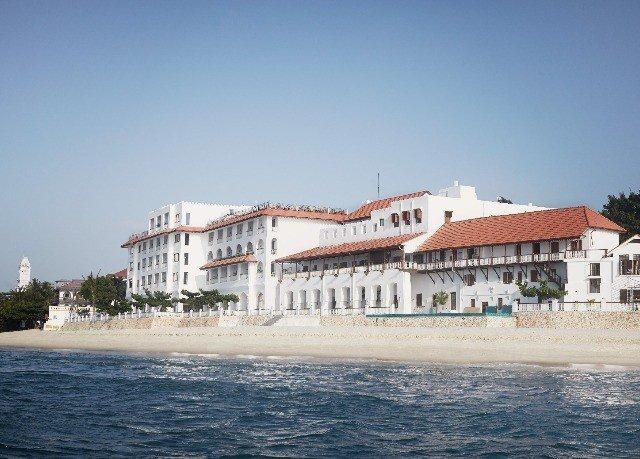 sky water Sea Beach watercraft palace Coast Resort pier shore Boat