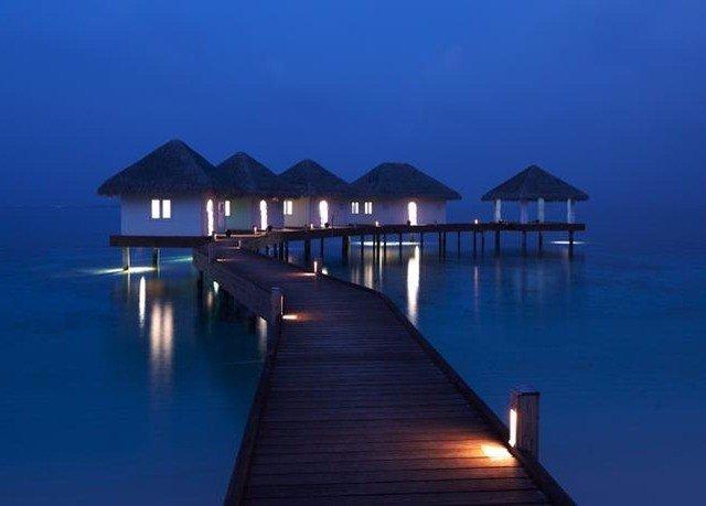 water sky scene pier Boat Ocean horizon dock Sea Resort dusk Beach empty dark distance Island
